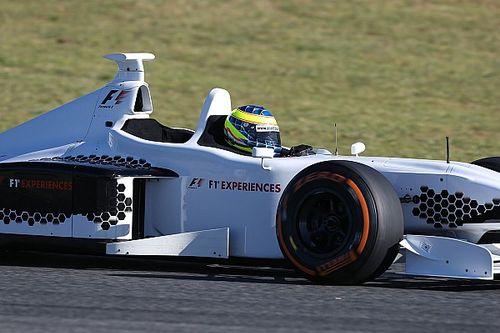 Mozgásban az új kétüléses F1-es autó: élmény!