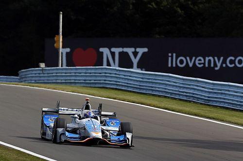 Dixon lidera la segunda práctica y Muñoz en 14°