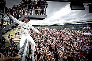Формула 1 Новость Хэмилтон признал, что поддержка болельщиков добавляет ему скорости