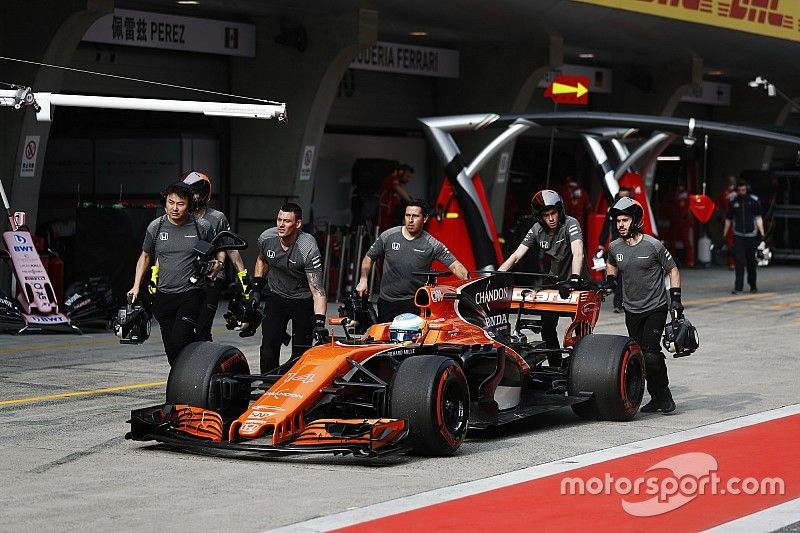 A Toro Rosso ötletét viszi tovább autóján a McLaren