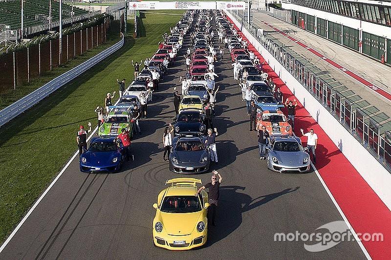 La Carrera Cup Italia per la prima volta nel Porsche Festival