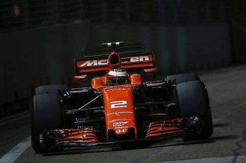 """Vandoorne admite que McLaren """"perdió"""" ritmo en la Q3"""