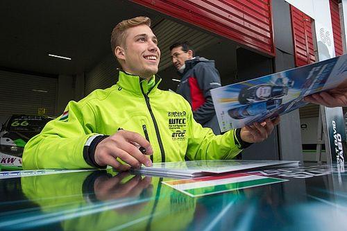 A szezon végéig marad Szabó Zsolt Dávid a WTCC-ben!