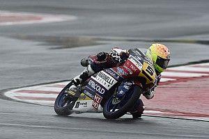 Moto3もてぎ:フェナティFP2首位。佐々木、鈴木が終盤相次いで転倒