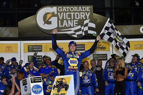 Chase Elliott wins first Daytona Duel race