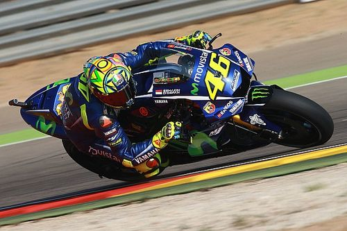 """Rossi ilk çizgide kalkmasına rağmen yarışta """"acı çekmeyi"""" bekliyor"""