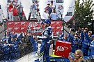 NASCAR Cup Na prorrogação, Johnson supera Larson e faz história