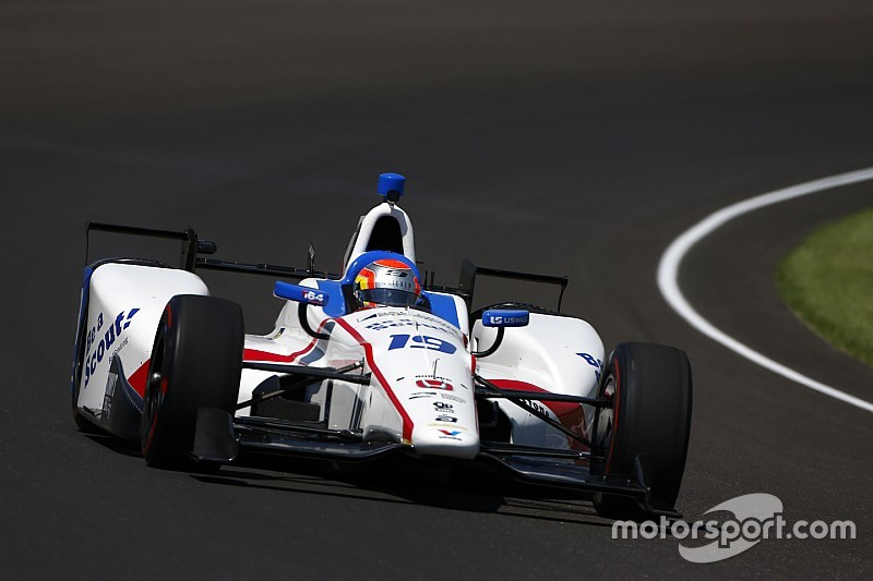 Indy 500: Jones clocks 233mph in final practice before qualifying