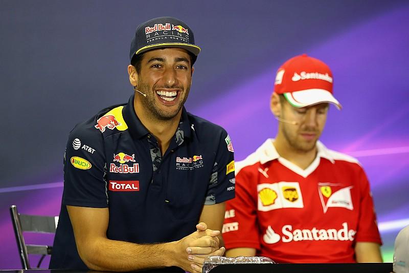 Ricciardo urges Ferrari to drop Vettel appeal