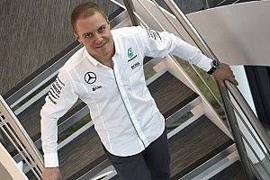 """Bottas tipped to overcome """"very difficult"""" Mercedes situation"""
