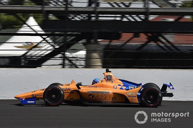 Ekkora sebességgel csapódott Alonso a falnak Indianapolisban