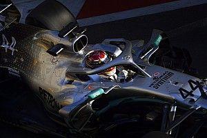 """Hamilton: é """"improvável"""" que Mercedes diminua diferença para Ferrari"""