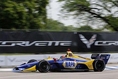 Росси выиграл квалификацию перед первой гонкой IndyCar в Детройте