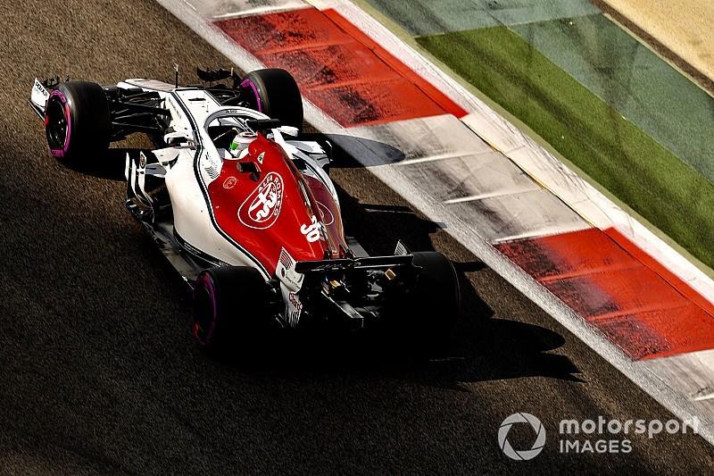 Räikkönen már február 14-én pályára gurul a 2019-es Sauberrel?
