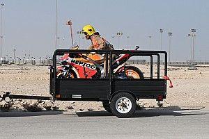 Беспечный ездок. Судья в Катаре прокатился на байке MotoGP