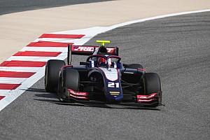 Fotostrecke: schweizer Ralph Boschung, Louis Delétraz und Sauber Junior Team am GP Bahrain