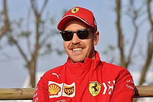 Vettel: Akıllı telefona ihtiyacım yok, onsuz yaşayabilirim