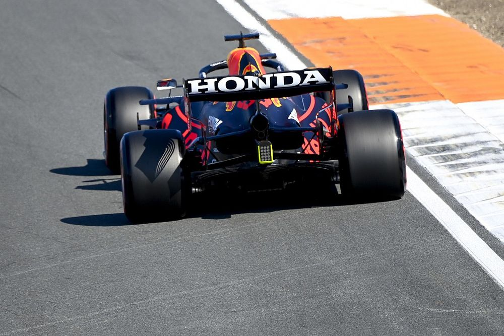 СМИ: Red Bull заменит логотипы Honda по ходу Гран При США