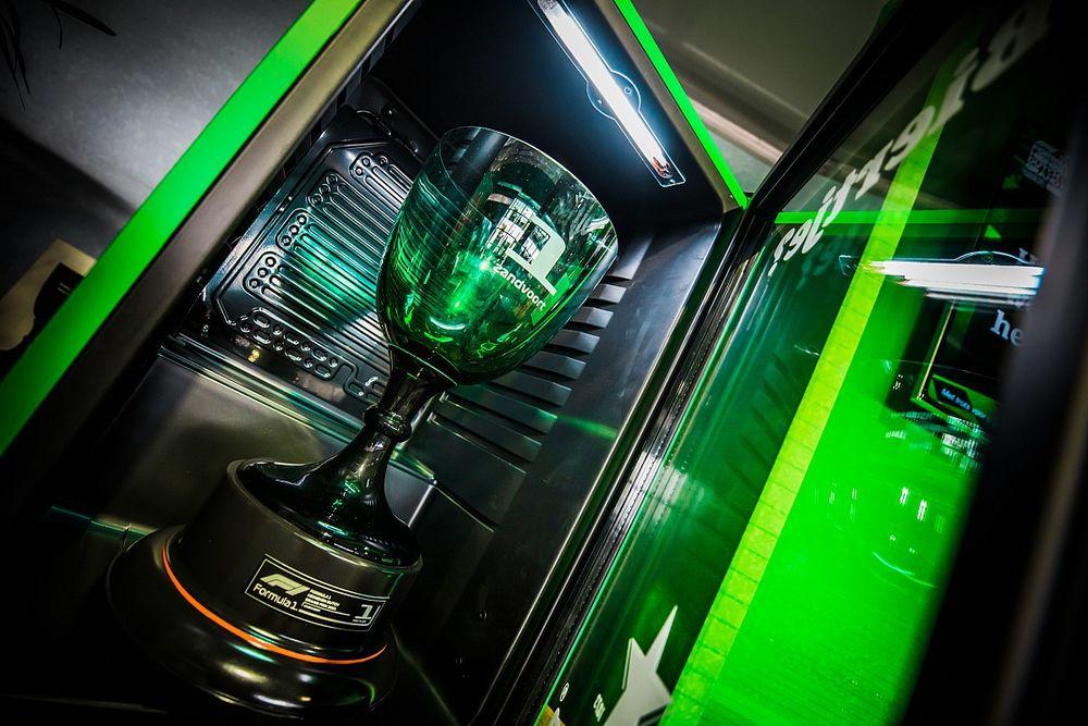 Deze beker krijgt de winnaar van de Dutch Grand Prix in Zandvoort