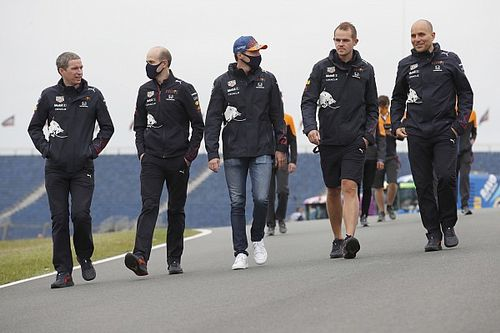 F1-update: Verstappen onder indruk van Zandvoort, Russell weet het al