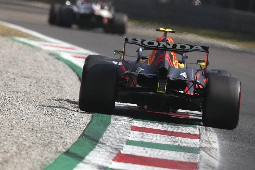 """بيريز: سباقات الفورمولا واحد القصيرة """"المملّة للغاية"""" لا توفّر أيّ شيء"""