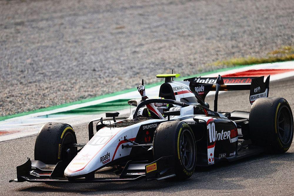 F2: Pourchaire vence segunda do ano em Monza; brasileiros abandonam