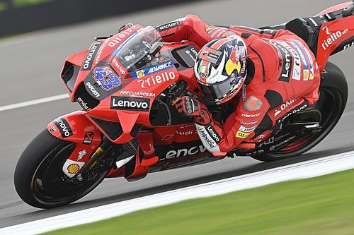 Miller 'pissed off' by tyre issues in MotoGP Silverstone qualifying