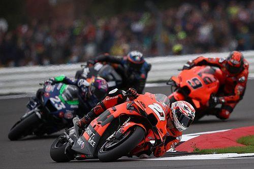 MotoGP подарил жителям окрестностей Сильверстоуна тонну еды