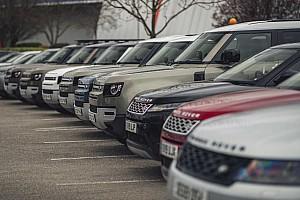 160 autóval segíti a koronavírus elleni küzdelmet a Jaguar Land Rover