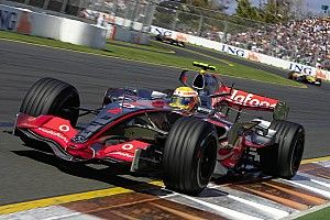 Retro: Hoe Hamilton als een komeet in de Formule 1 binnenkwam