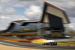 Silverstone renames pit straight to honour Hamilton