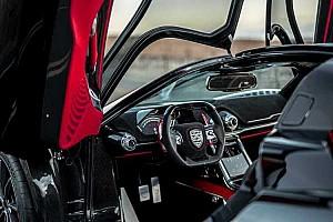 Újabb videó a Bugatti és Koenigsegg babérjaira törő SSC Tuataráról