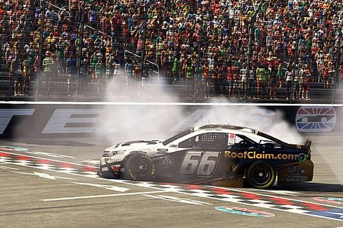 """Timmy Hill on virtual NASCAR: """"The feelings are still real"""""""