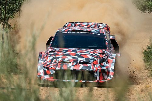 Ogier Tak Sabar Uji Coba Toyota Yaris Rally1