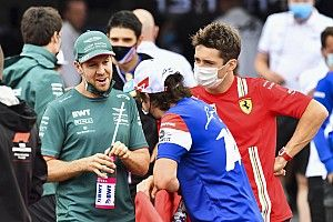 Alonso y Vettel, el respeto en la batalla lejos de la gloria