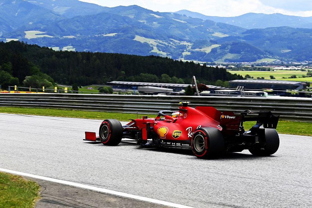 Ferrari попросила Хэмилтона пропустить Сайнса. И он согласился