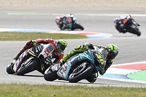 """Valentino Rossi ne """"comprend pas très bien"""" sa chute"""