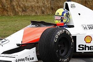 VIDEO: Norris geeft McLaren van Senna de sporen