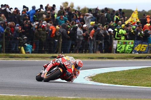 Avustralya MotoGP: Vinales son turda kaza yaptı, Marquez kazandı!