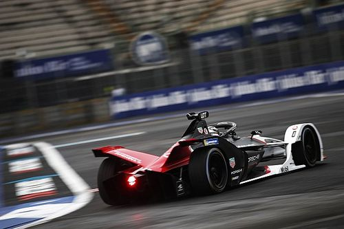 Lotterer offre à Porsche sa première pole position