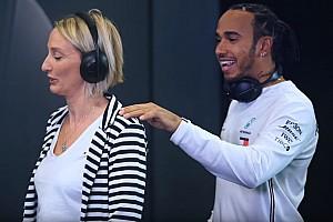 Lewis Hamilton csíntevése 6 F1-es rajongóval: videó