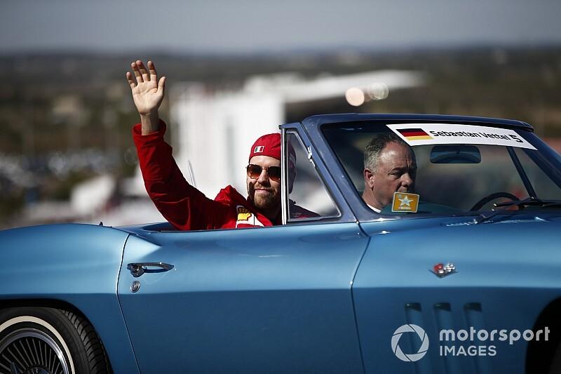"""Irvine: """"Vettel dört kez dünya şampiyonu değerinde değil"""""""