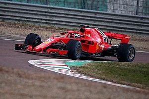 Alesi i Armstrong pierwszy raz jeździli Ferrari F1