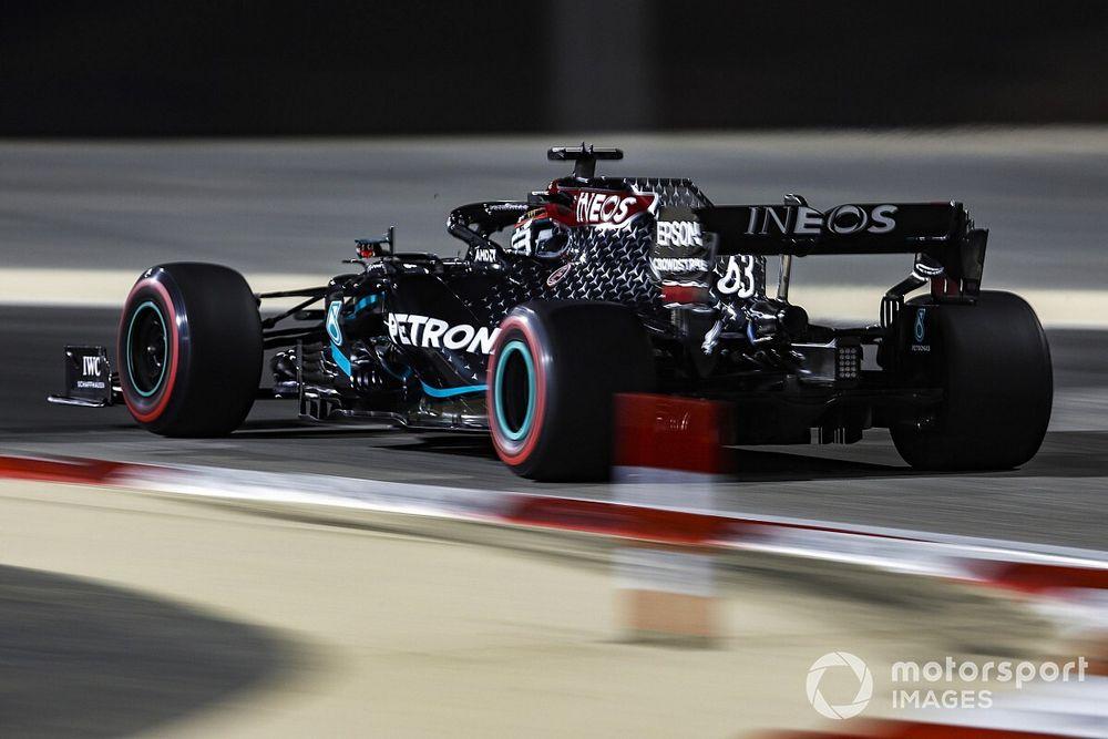 Расселл стал лучшим и во второй тренировке в Сахире. У обоих пилотов Ferrari возникли проблемы