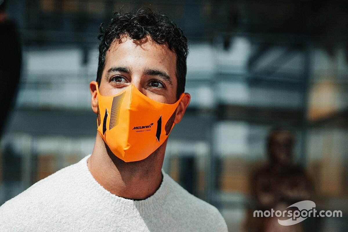 Ricciardo set for McLaren F1 debut in Silverstone shakedown