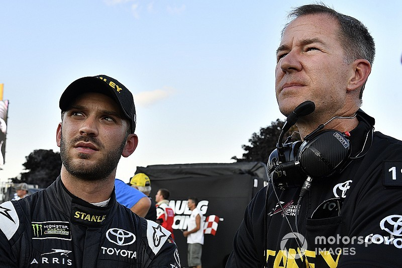 Joe Gibbs Racing names new crew chief for Daniel Suarez