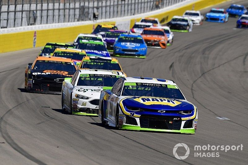 """Chase Elliott believes playoff field is """"as strong as it's ever been"""""""