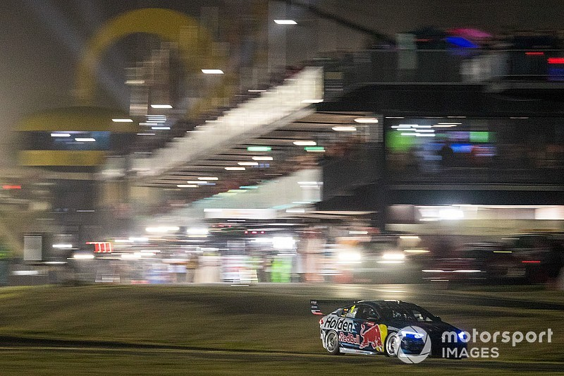 $33 million cash boost for Sydney Supercars night race