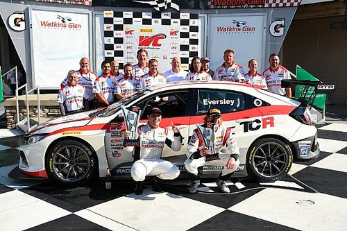 """Eversley, primo Campione sulla nuova Honda TCR: """"La Civic ha dimostrato di essere forte e affidabile"""""""