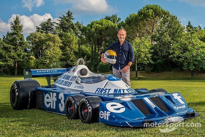 """鈴鹿サウンドオブエンジンにティレルP34登場。""""オーナー""""マルティニがドライブ"""